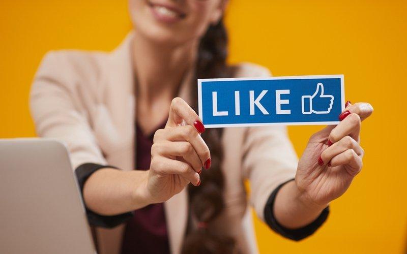 facebook like fan base followers